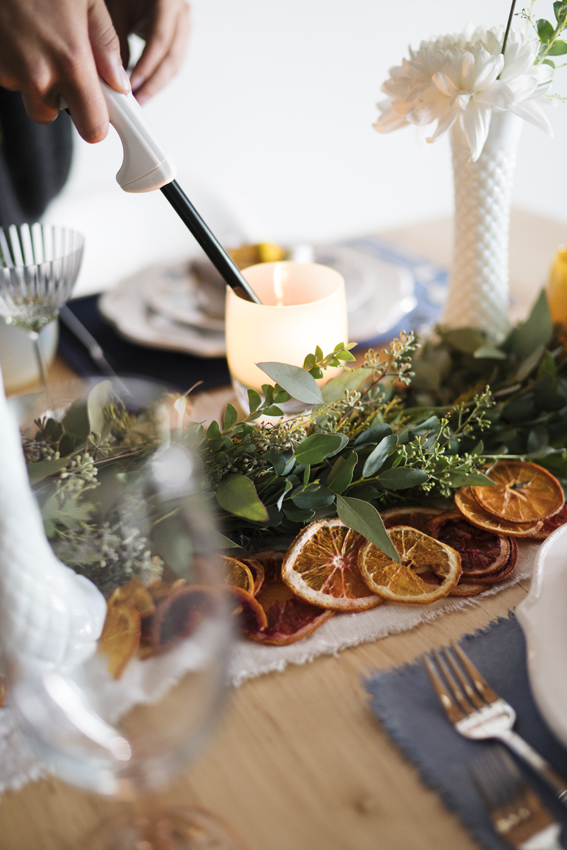 3 Thanksgiving Tablescapes That Break All The Rules
