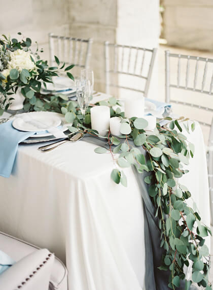 How to Make DIY Easy Table Runners for Your Next Party