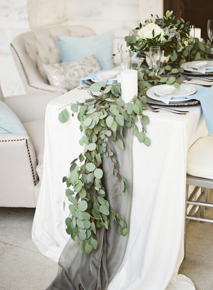 How to Make Easy DIY Table Runners for Your Next Party