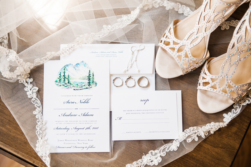 A Stunning New York Wedding with Woodland-Inspired Details