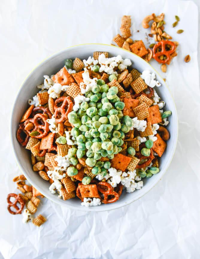 Wasabi Pea + Popcorn Mix1