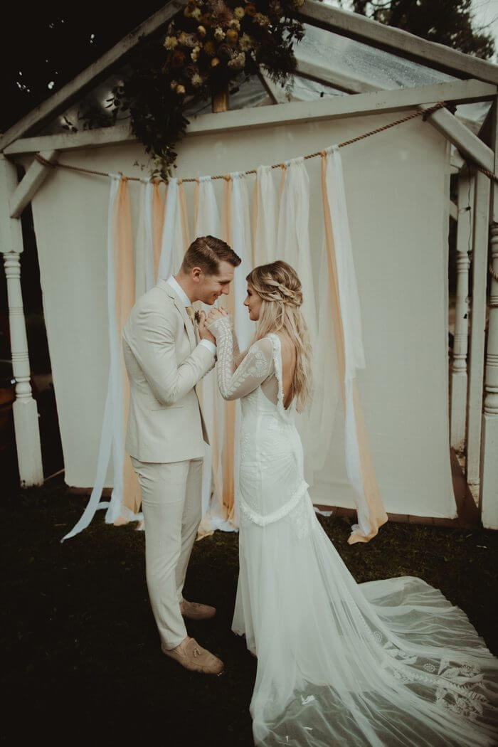 ceremony backdrop boho