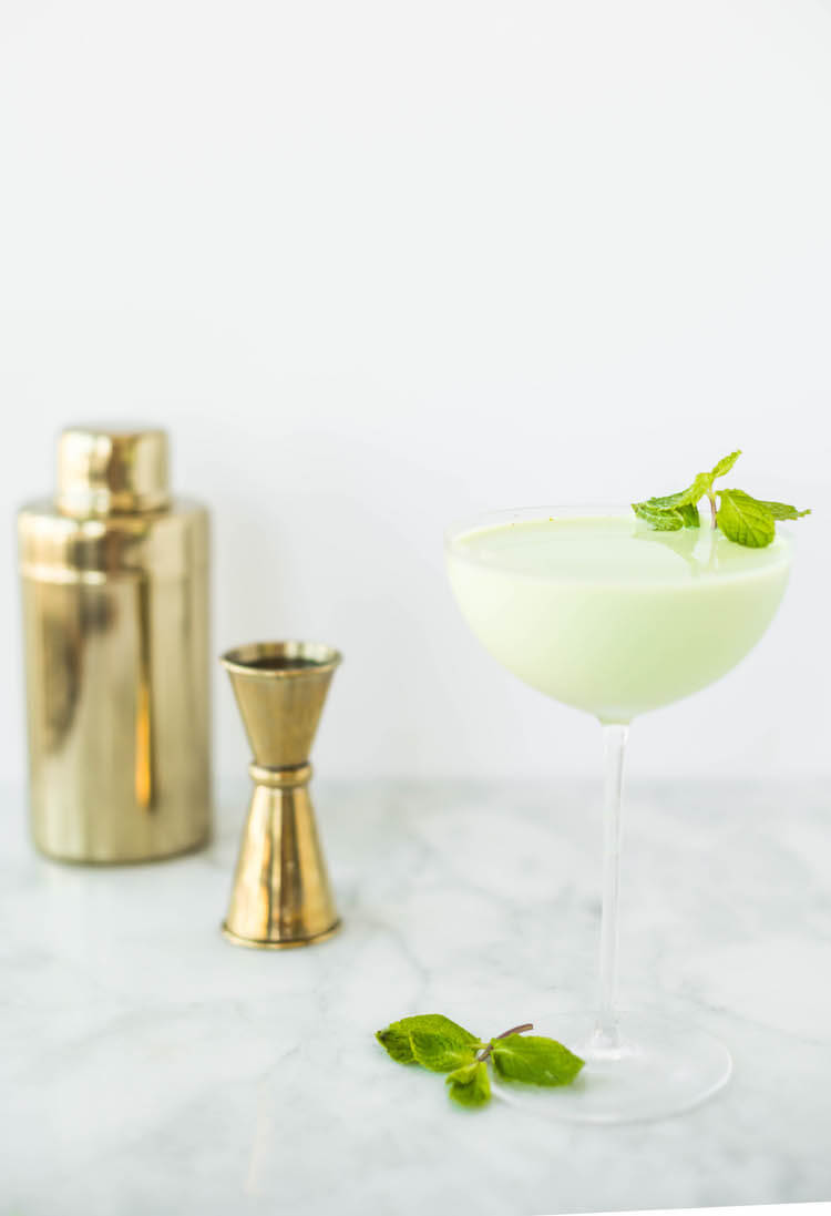 modern and elegant st. Patrick's Day party