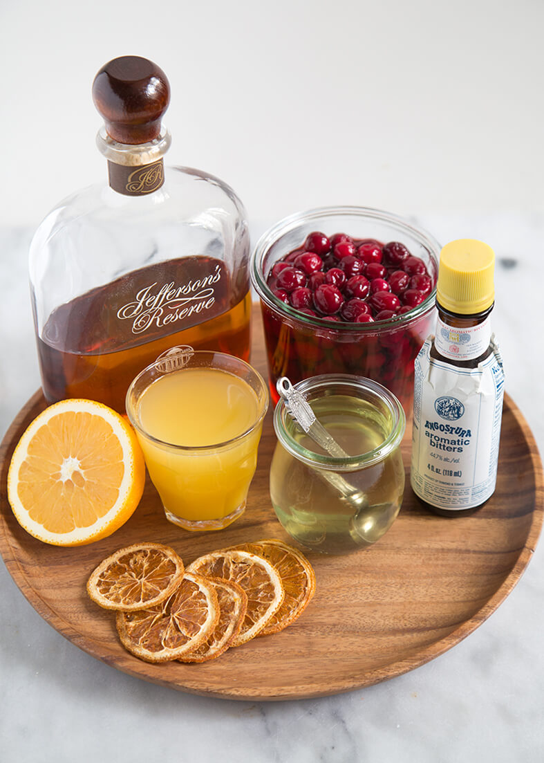 holiday cocktail recipe easy